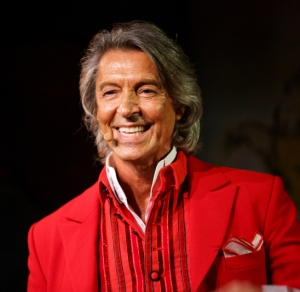 Tommy Tune Accepts 10th Tony Award